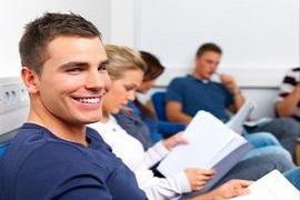 Zdjęcie ozdobne - charakter dekoracyjny - studenci - uśmiech