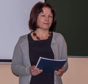 dr Anna Bąk-Średnicka - zastępca dyrektora Instytutu (zdjęcie)