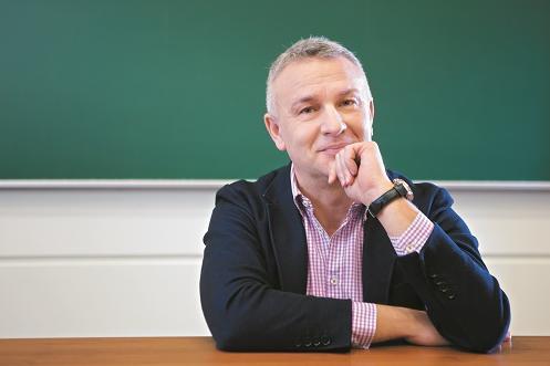 Prof. Piotr Zbróg (zdjęcie)